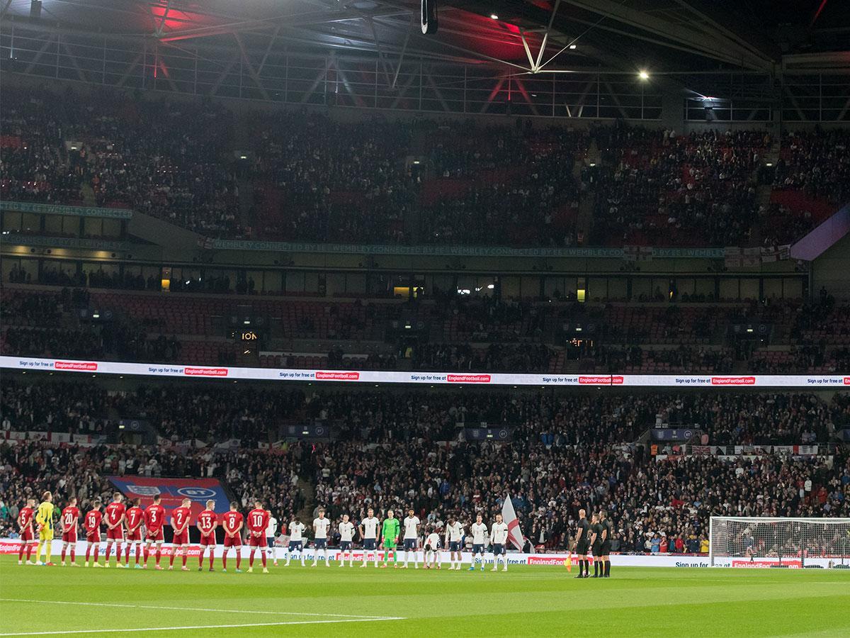 Kép: az F1 titánja is a Wembleyben nézte meg az angol–magyart