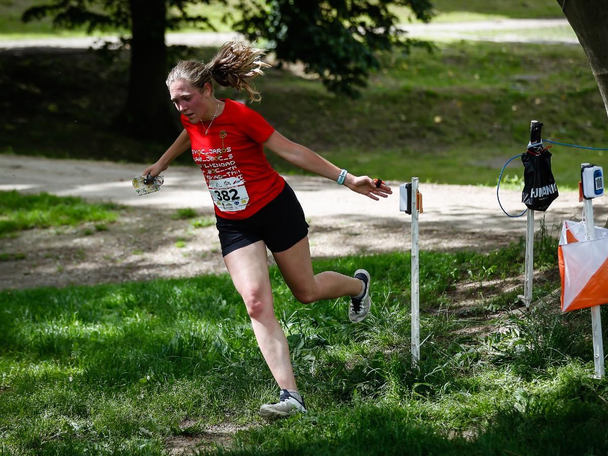 Tájékozódási futás: Tabáni arany- és bronzérem a sprint váltó ob-n