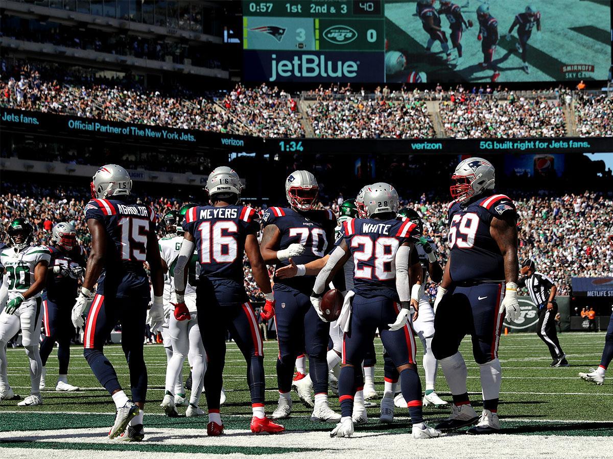 NFL: magabiztosan nyert a Patriots, simán kikapott a Saints